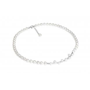 Perlový náhrdelník biely